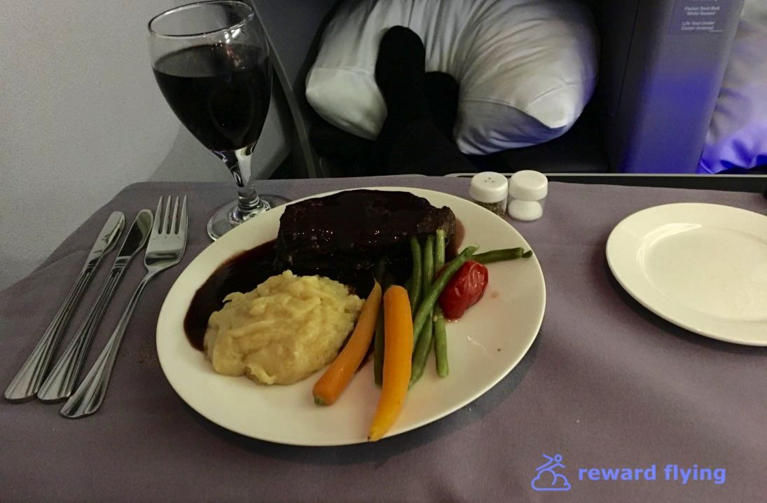 photo ua ewr-cdg food-1.