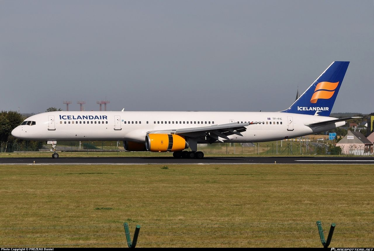 photo tf-fic-icelandair-boeing-757-23n_planespottersnet_316226