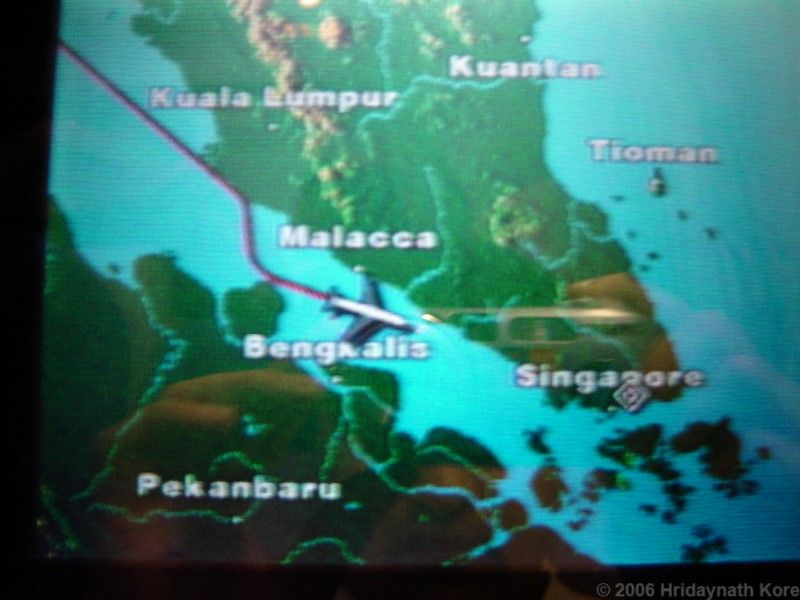 Review of Singapore Airlines flight from Mumbai to Singapore in Economy