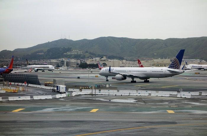 photo ua 838 nrt-sfo 105 - copy