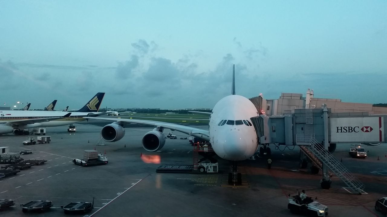 Review of Singapore Airlines flight from Paris to Singapore ...
