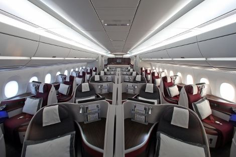 photo qatar-airways-a350-business