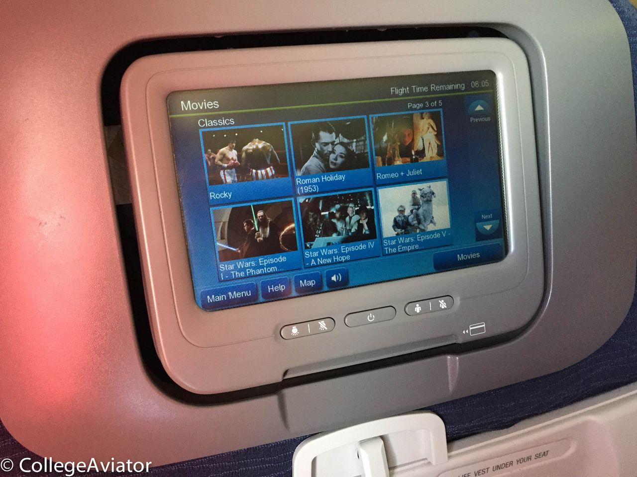 Review of United flight from Munich to Chicago in Economy