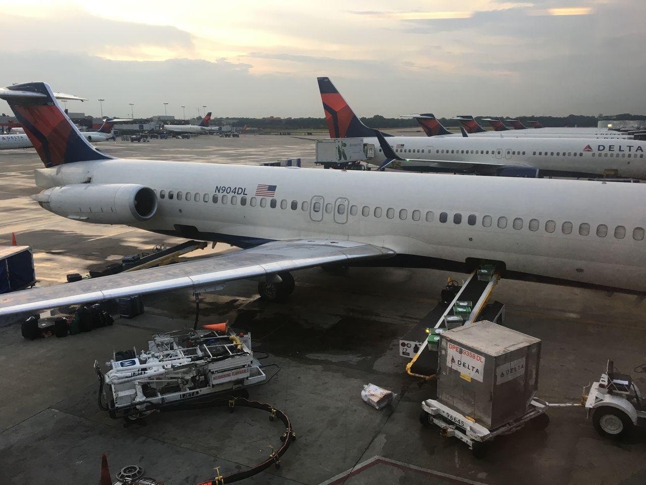 Review Of Delta Expressjet Flight From Atlanta To Gainesville In