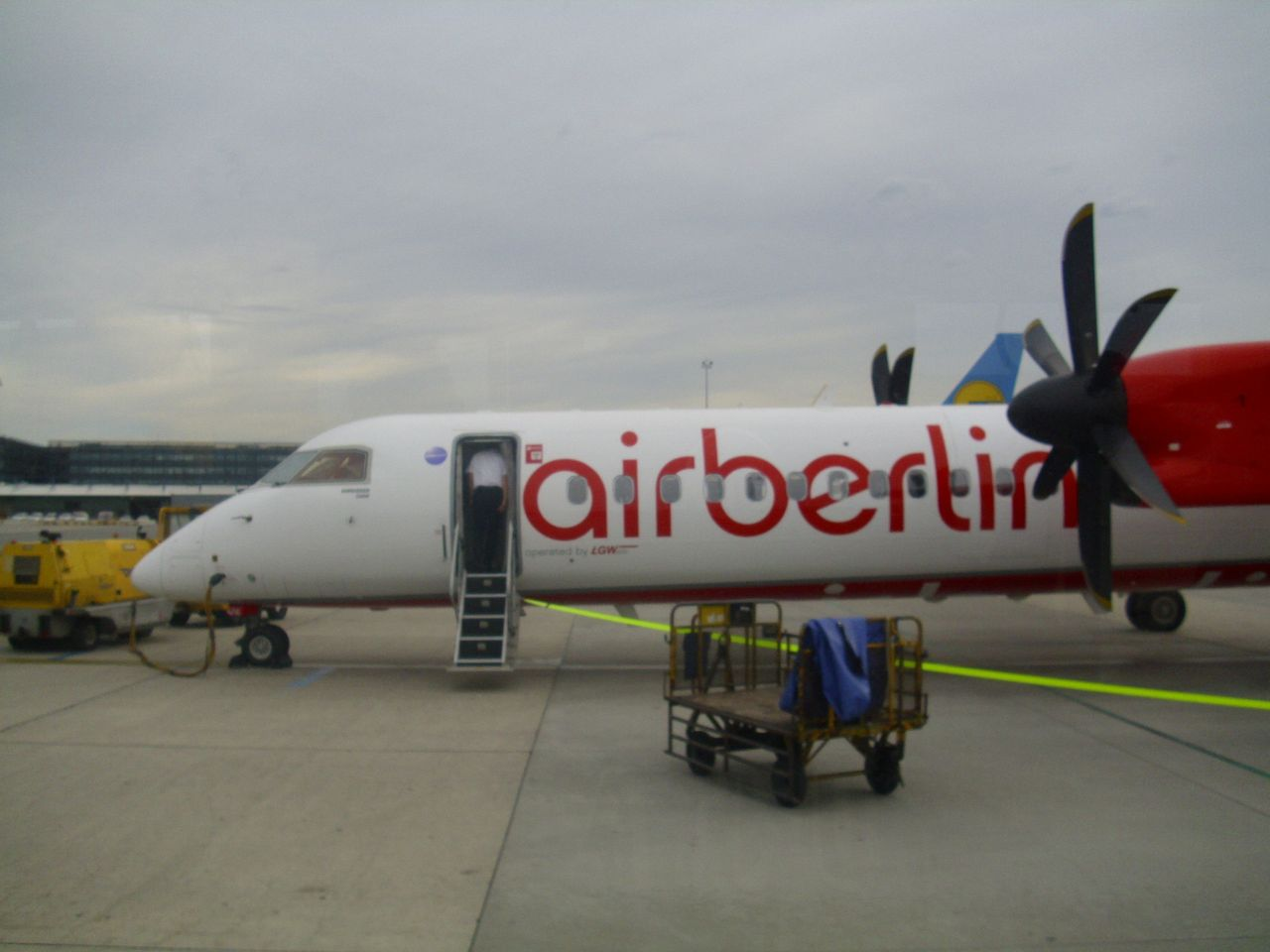 Review Of Air Berlin Flight From Vienna To Belgrad In Economy