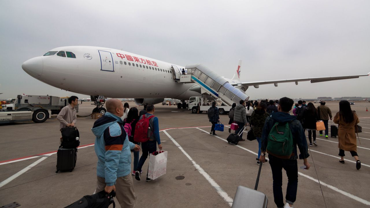 Review of China Eastern flight from Shanghai to Singapore in Economy