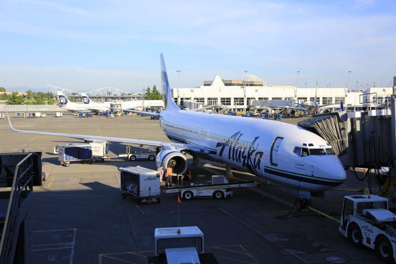 photo 005--- flight alaska airlines  seattle-anchorage 21_1