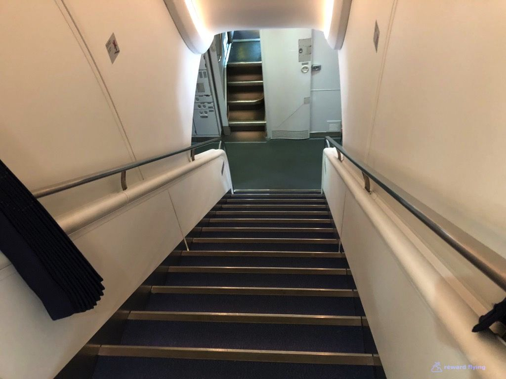 photo lh723 cabin stairs