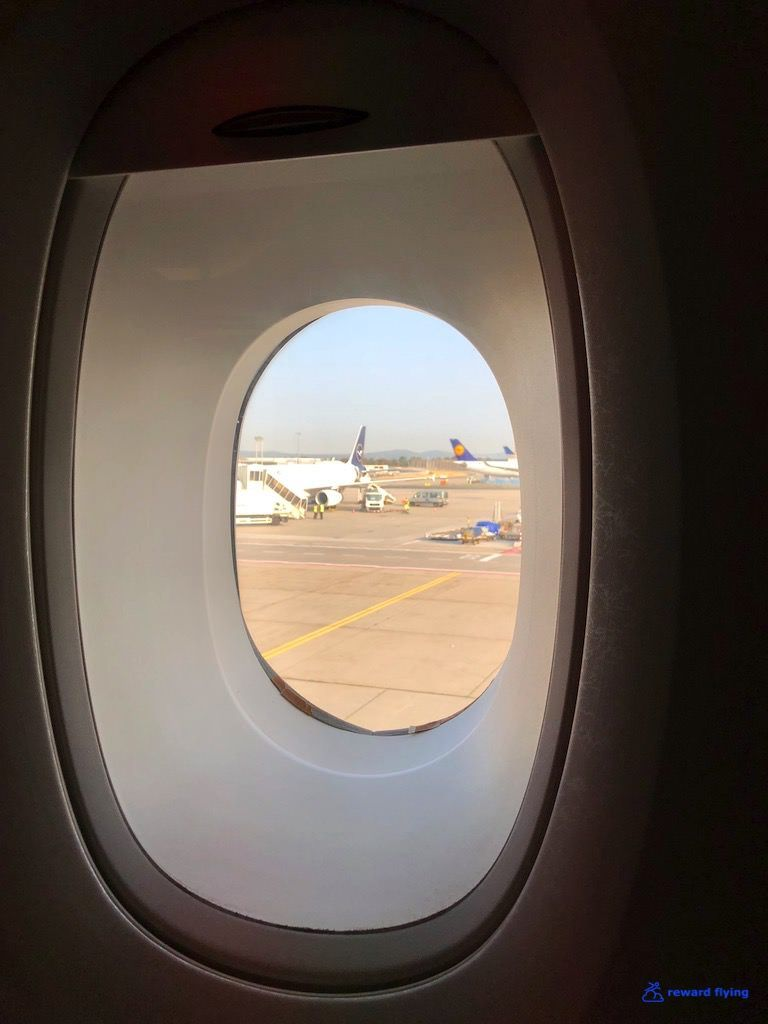 photo sq26 plane window