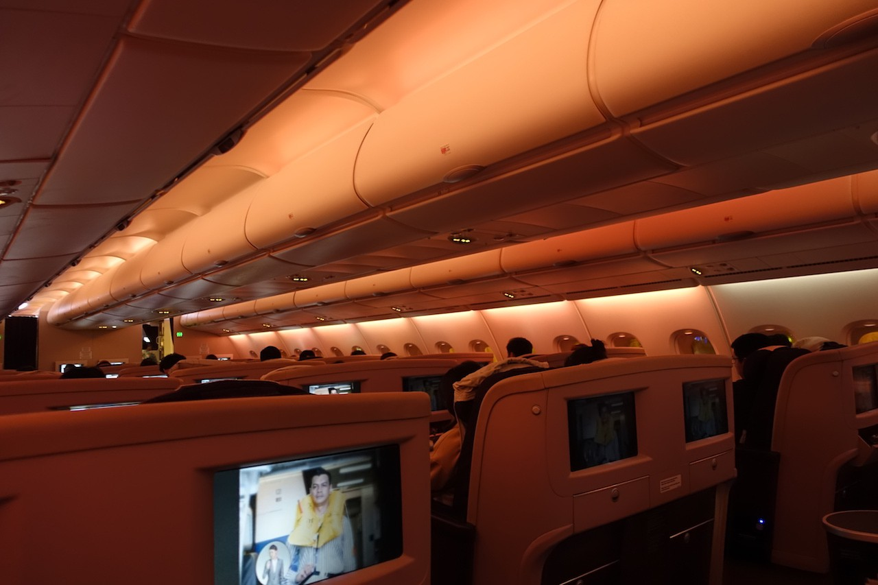 photo 56-dsc09929-2349h-lights-dimmed-2340-arm-doors-and-cross-check-2345-push-back-2351-taxi-2356-crew-be-seated-2359-take-off-0005-signs-off