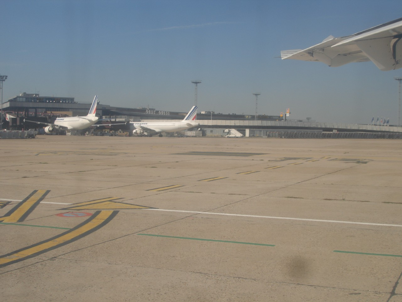 photo 22-sept-boarding-airlinair-decollage1