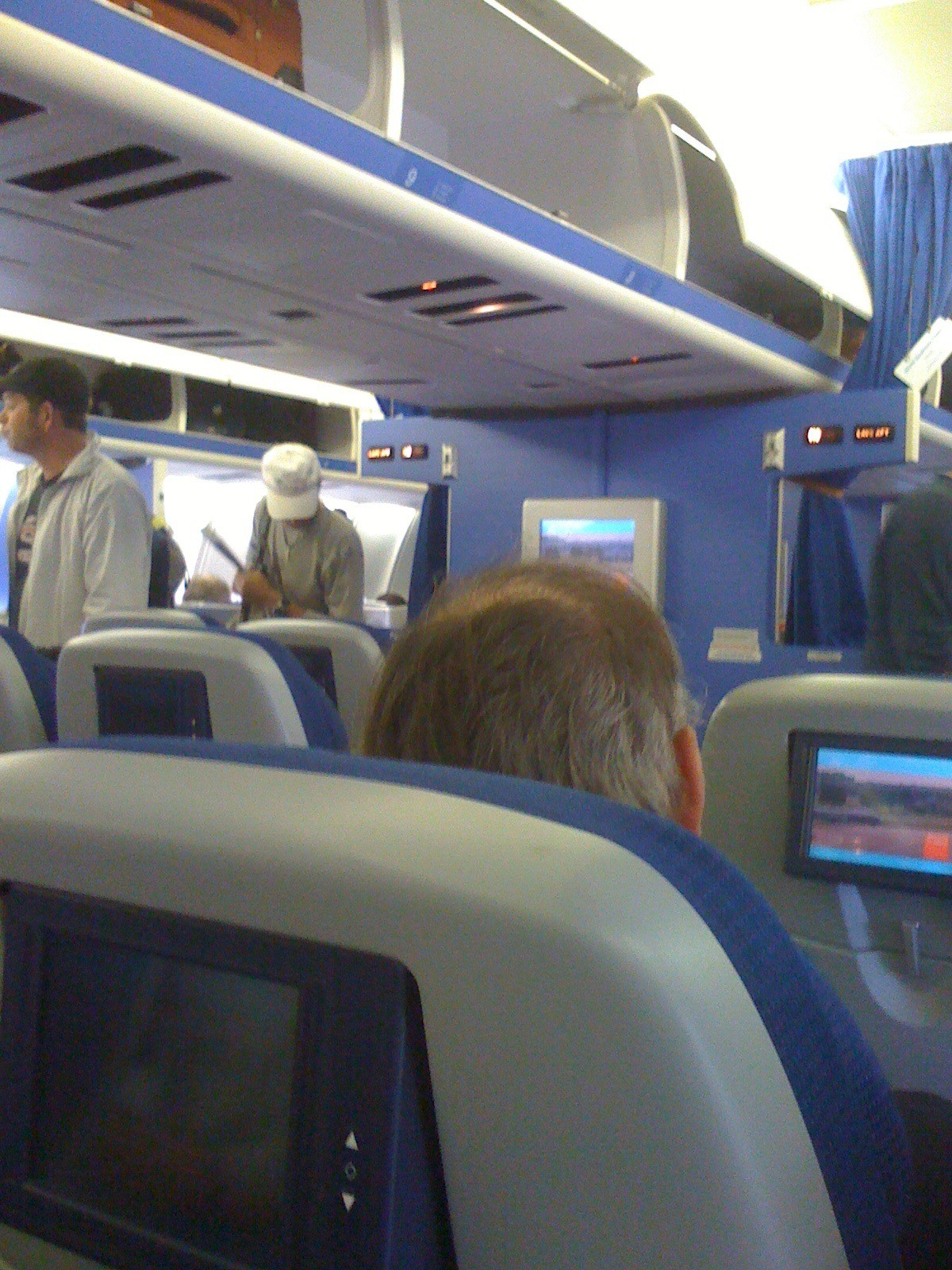 photo 27-sept-come-on-board-economy-comfort1