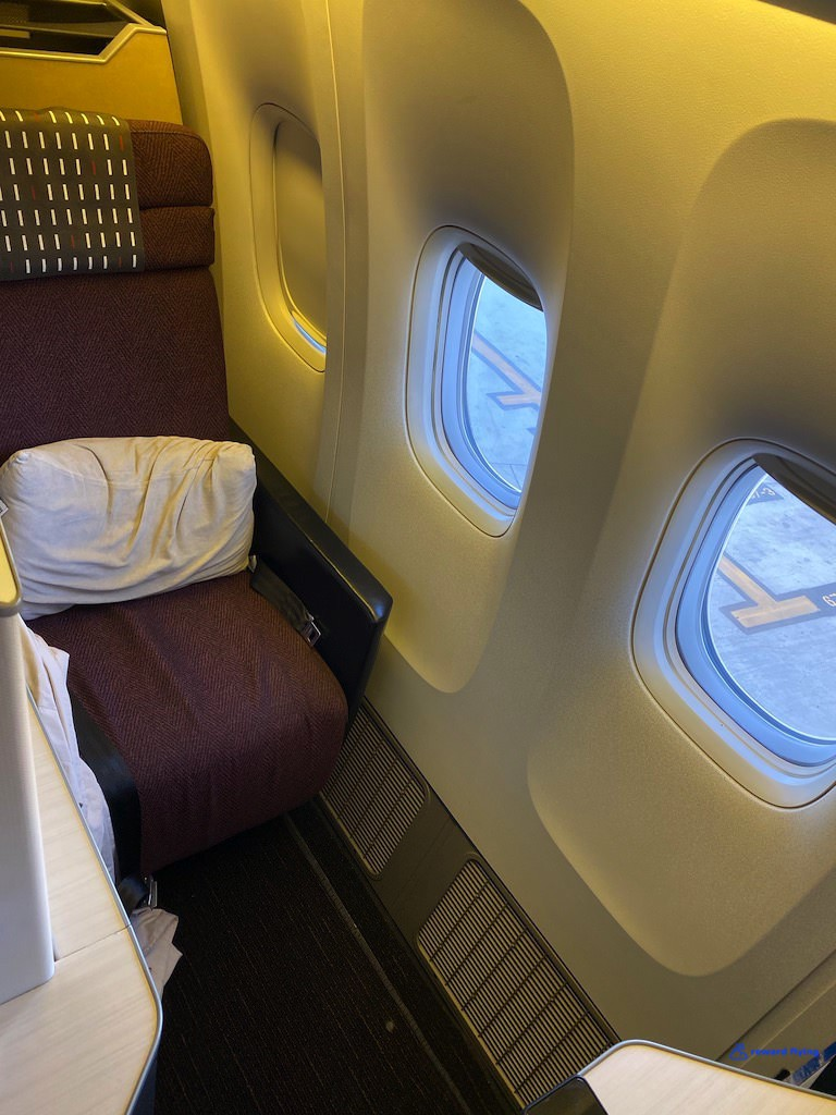photo jl10-cabin-j1