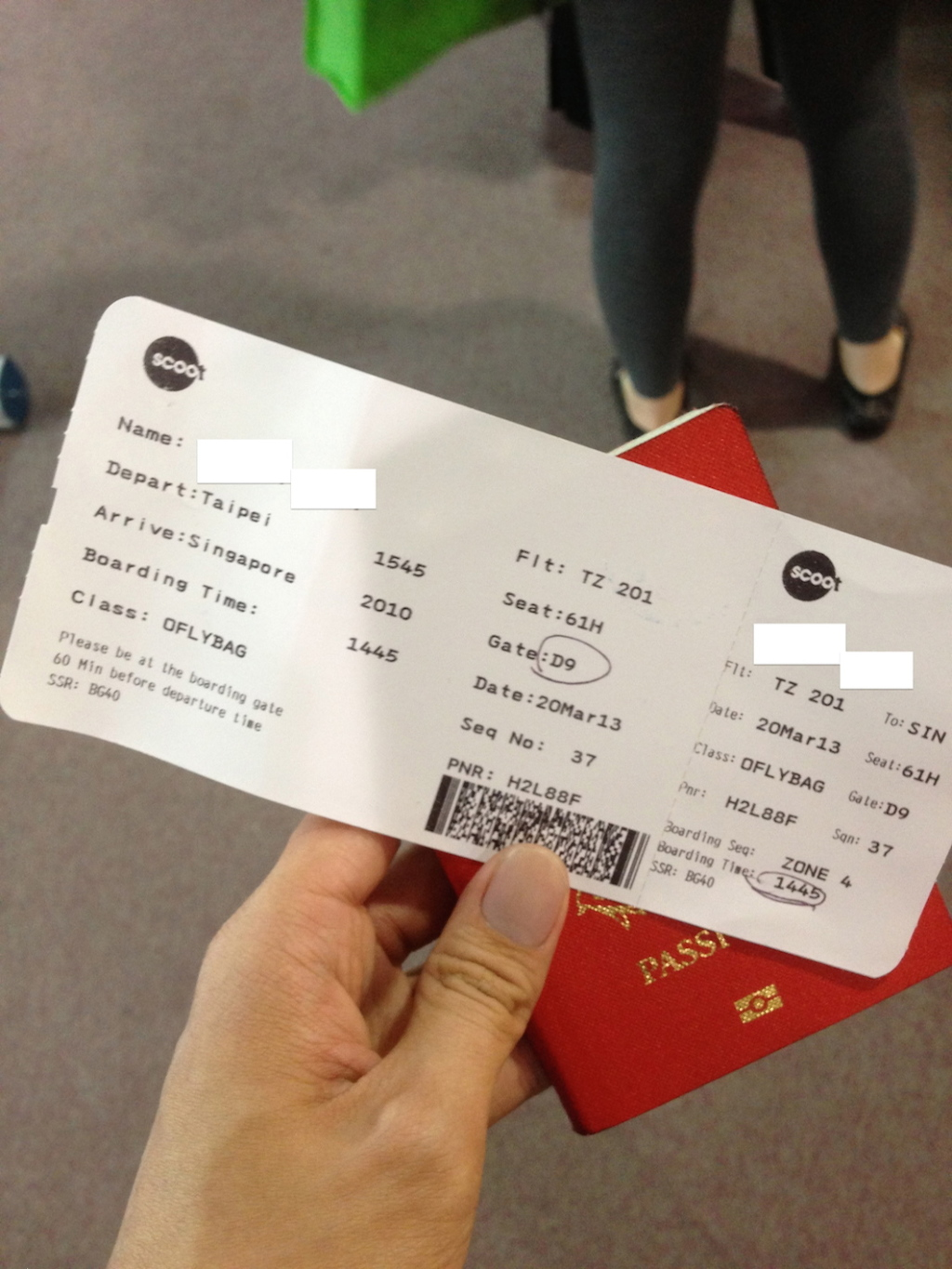 photo 17 Boarding Pass
