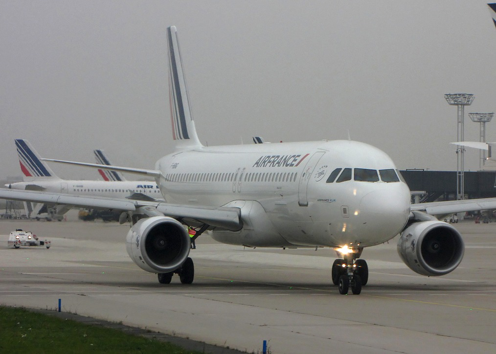 Review Of Air Europa Flight From Paris To Madrid In Economy