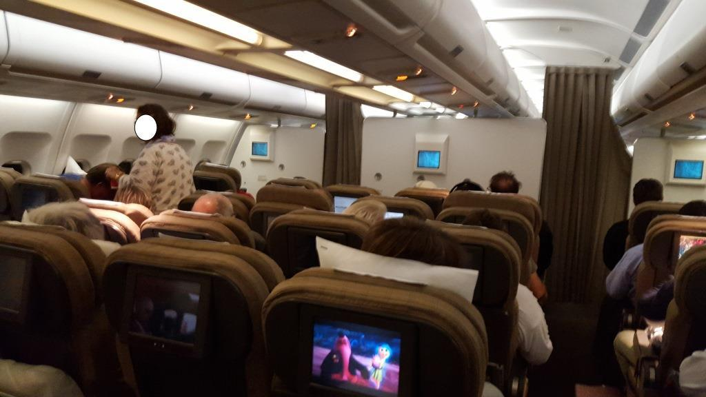 Review of SWISS flight from Singapore to Zurich in Economy